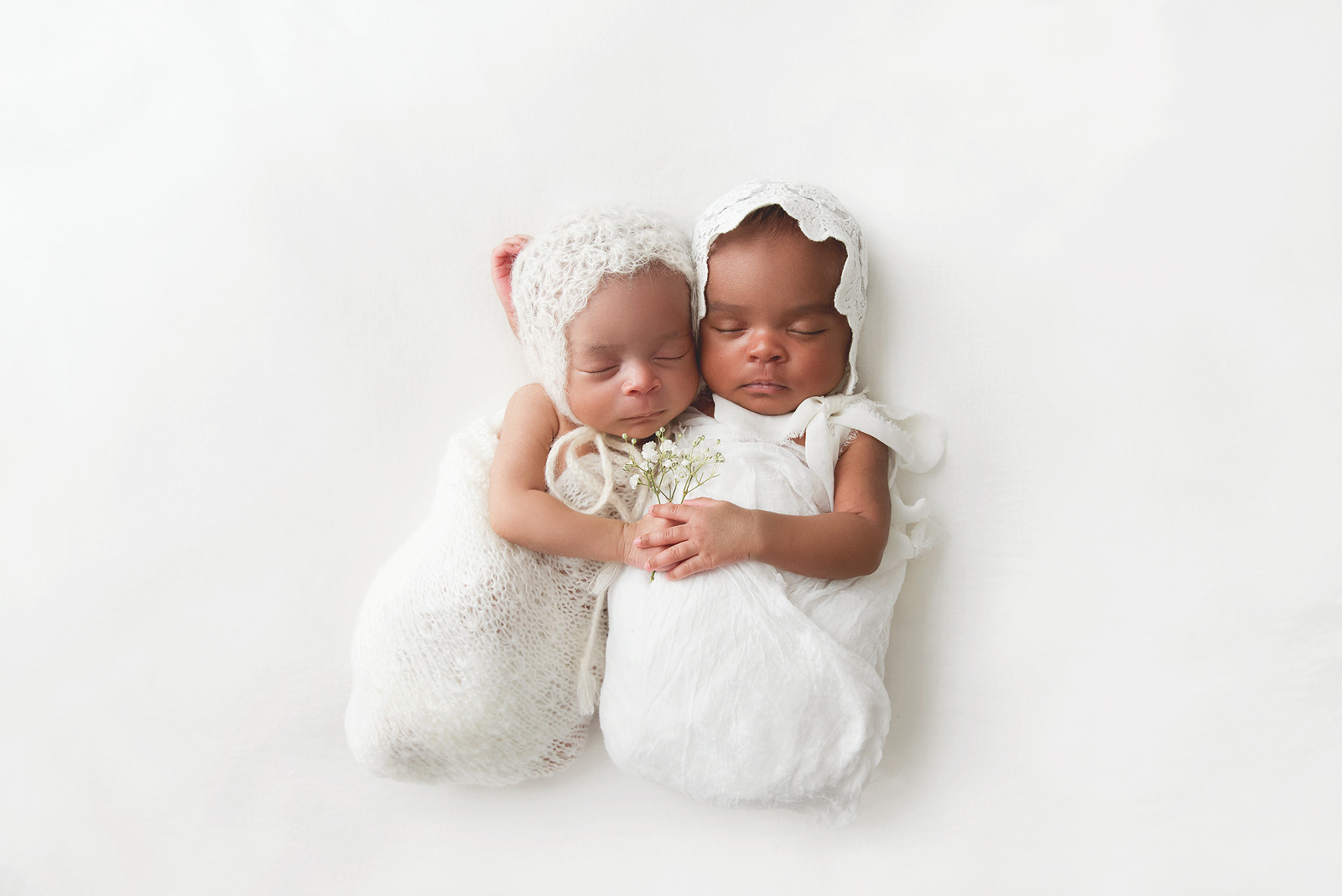 Chandler Gilbert Mesa Newborn Twins Multiples Photographer | Reaj Roberts Photography