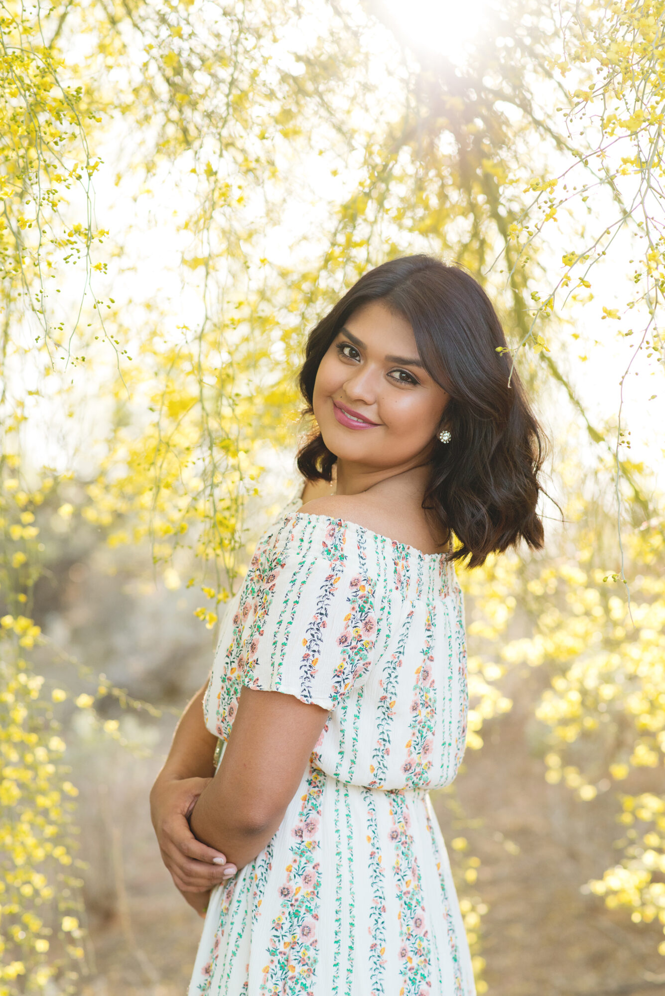 senior photos desert golden sunlit yellow palo verde | Reaj Roberts Photography